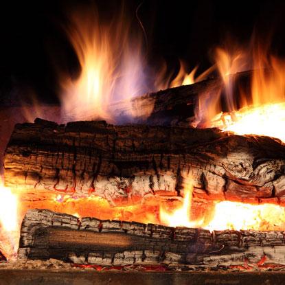 Pourquoi le bois de chauffage bien sec for Bois de chauffage trop sec